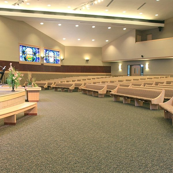 Interior of New Hope Assembly located in Urbandale, IA
